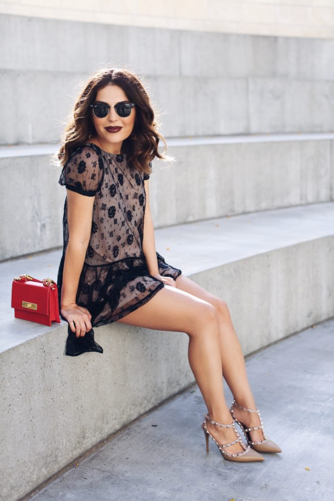 Simply Sona wears nude and black lace Valentino dress