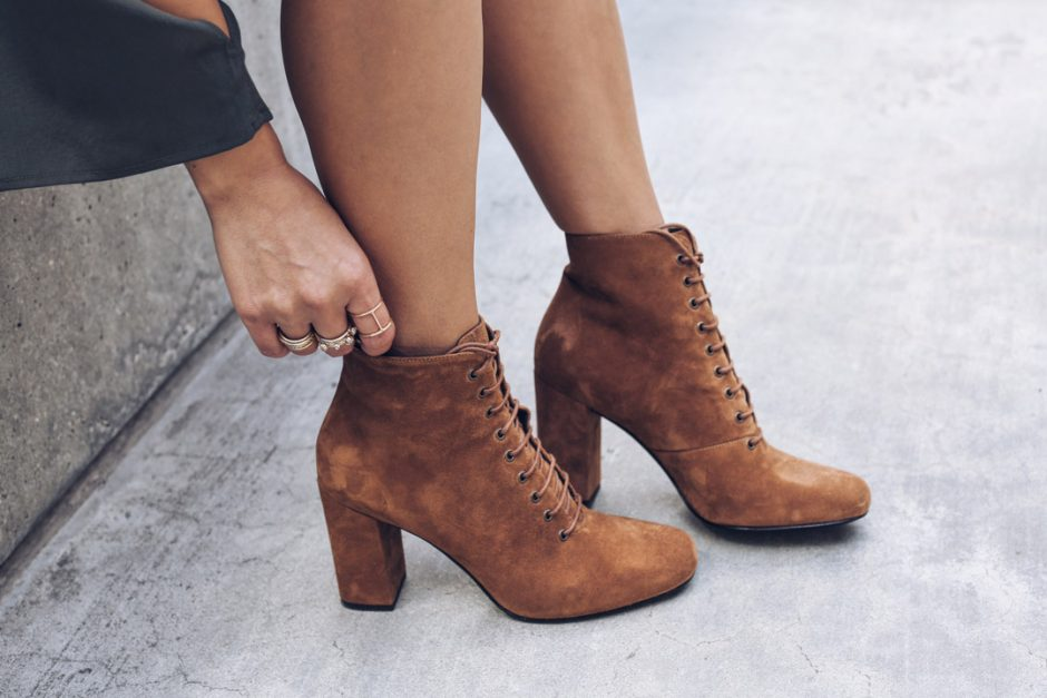 Sona Gasparian wear suede booties to her LA meet up.