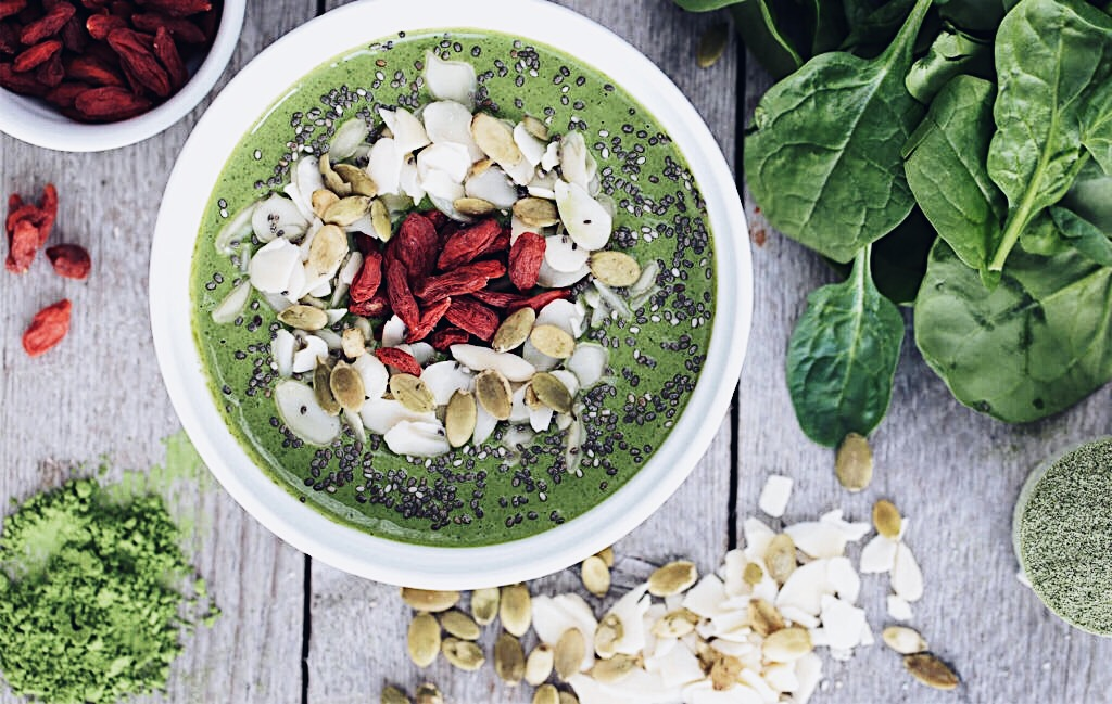 healthy smoothie bowl recipes with theodore leaf and sona gasparian