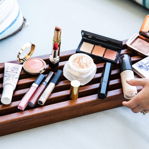 The Only Makeup You Need for a Tropical Vacation