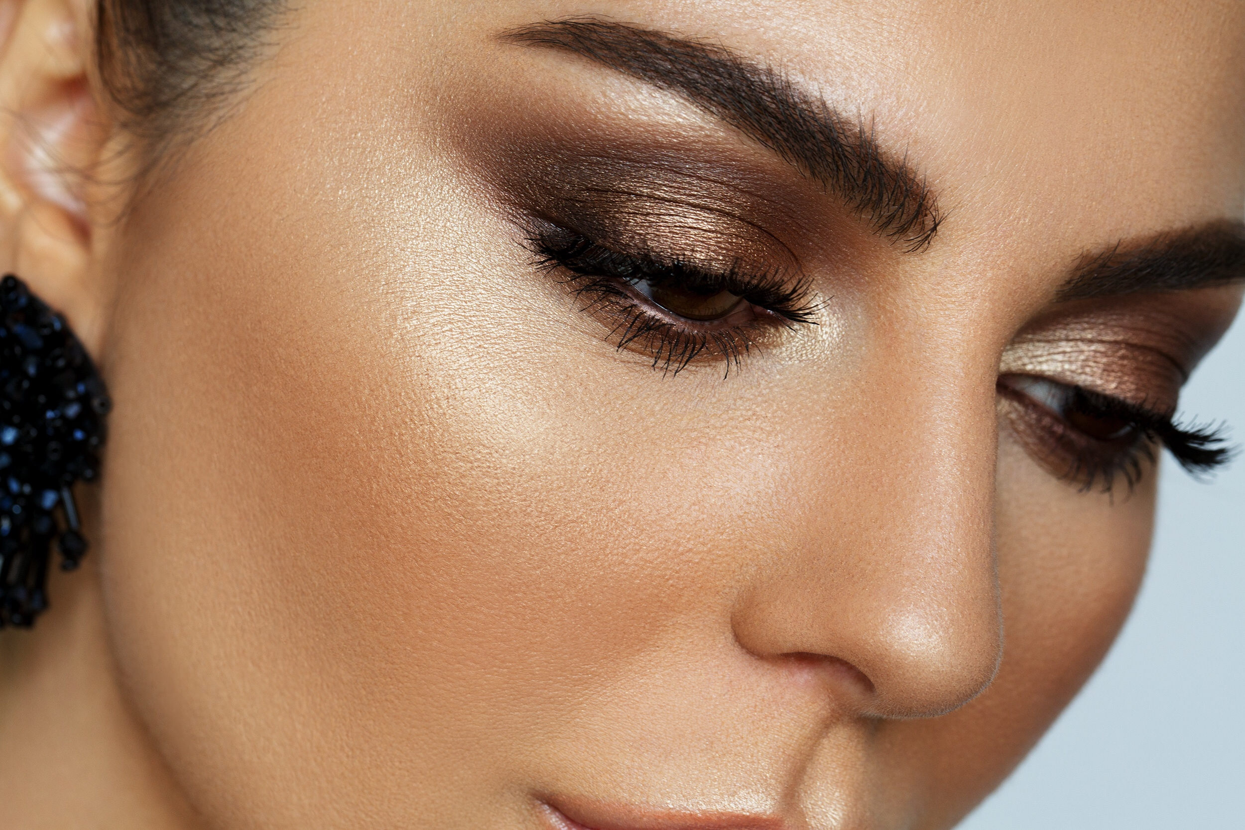 How To Make Eyebrows Look Natural With Makeup