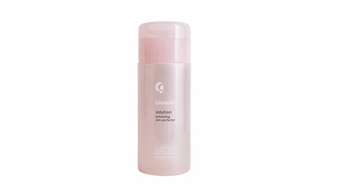 Sona Selects Glossier Solution