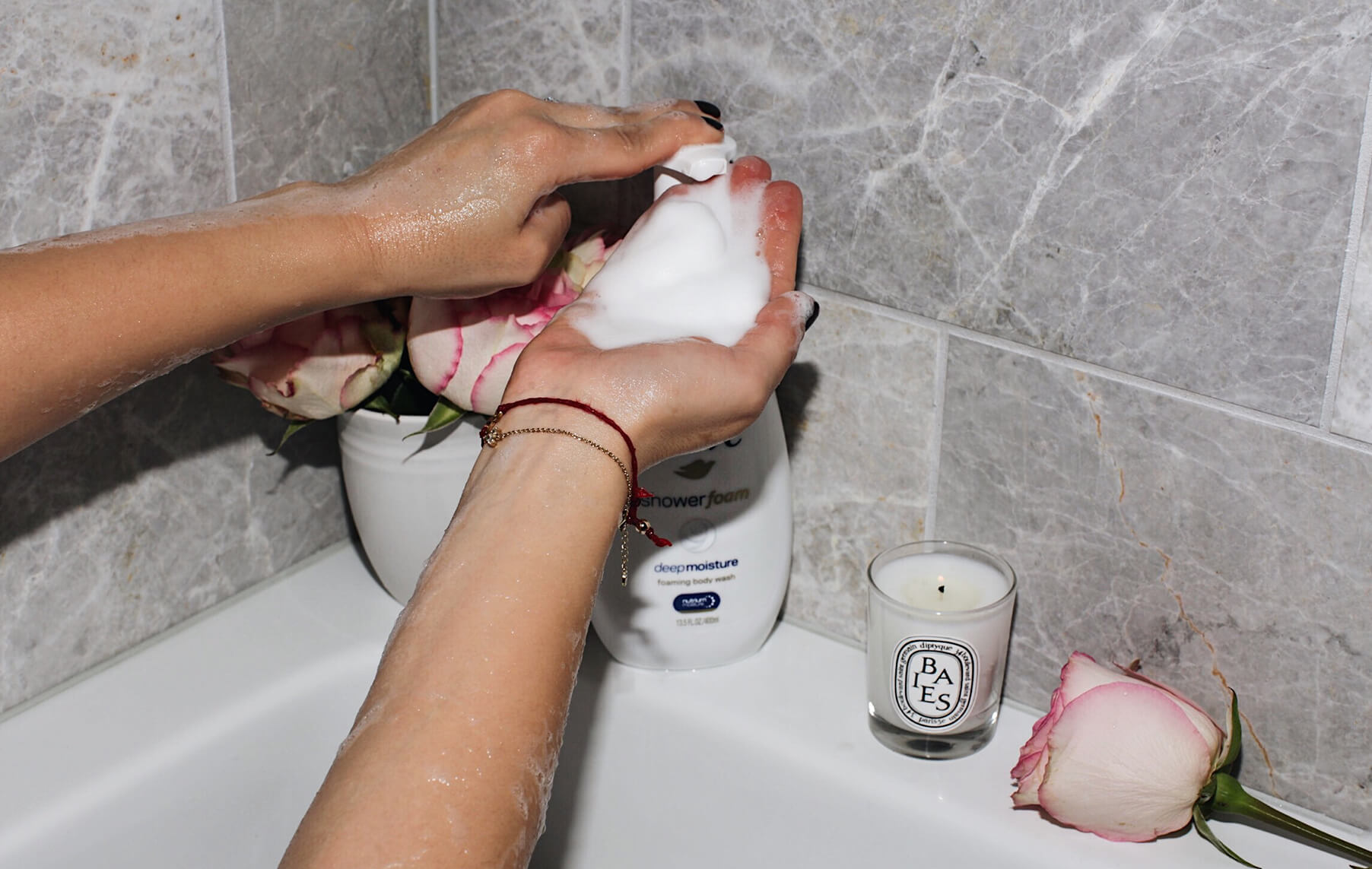 tips to prevent dry skin using dove deep moisture shower foam