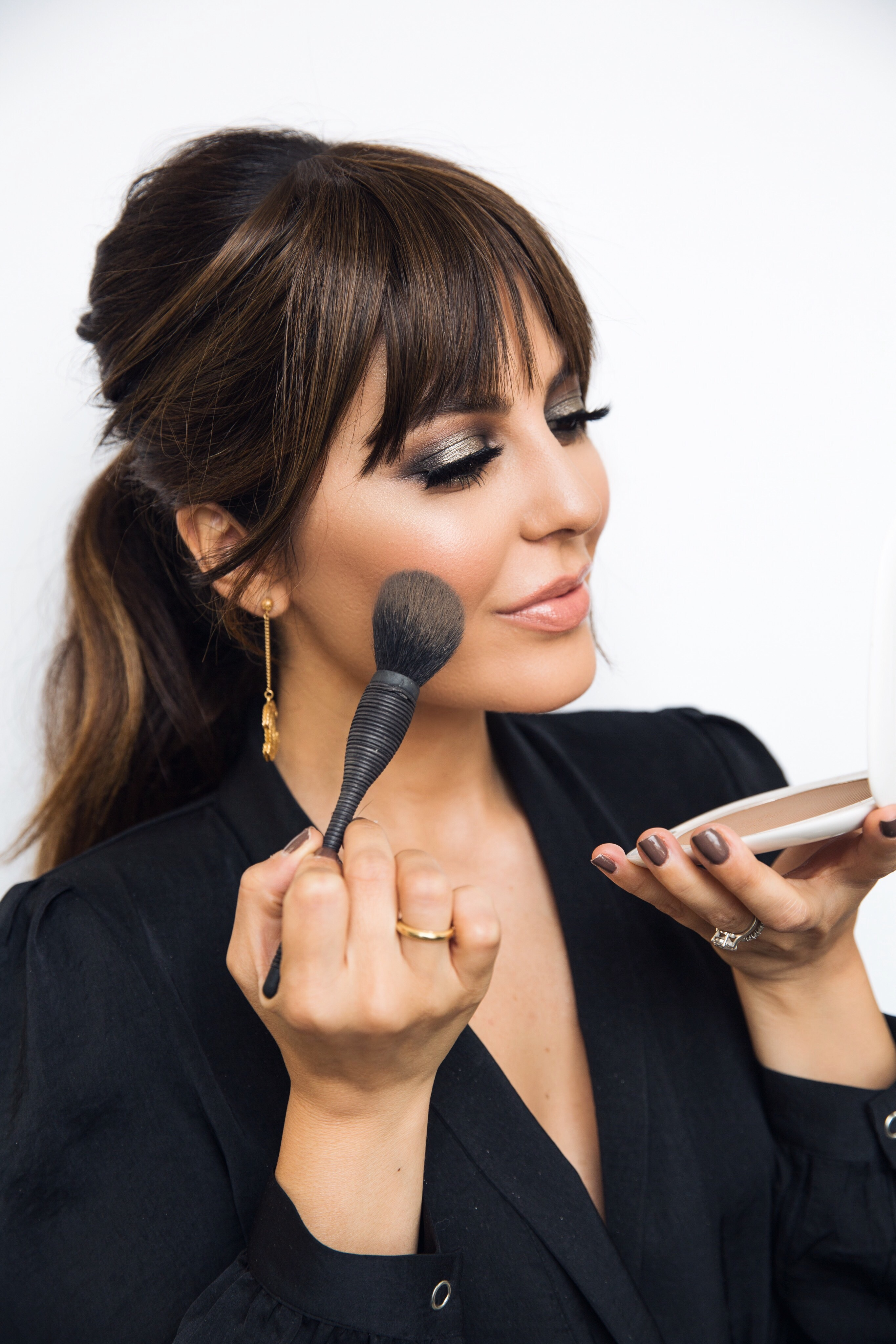 sona selects, the best in beauty. Sona Gasparian uses Marc Jacobs O!Mega Bronzer