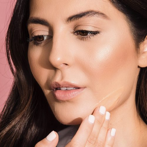 3 Reasons To Ditch Your Moisturizer For Serum